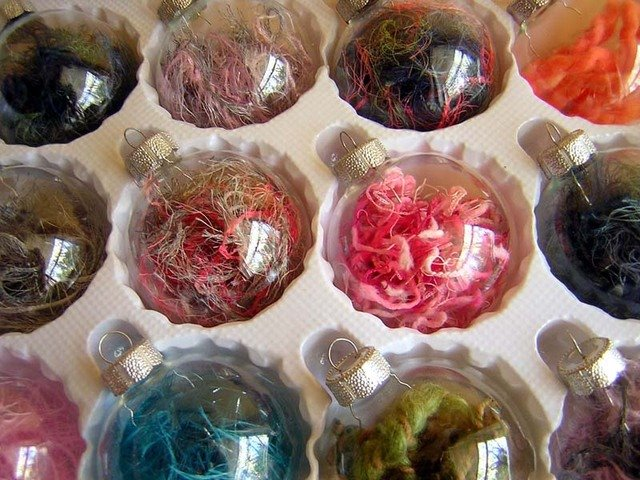 Yarn+ornaments